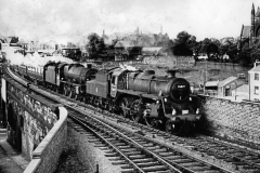 BR 4MT 76077 & LMS Jubilee 45601 leaving Bolton with the 9.20am Manchester Vic-Glasgow via Hellifield on 18th Aug 1962 (JR Bardsley) RM 4166